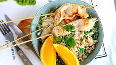 Kukkakaalicouscous ja broilerivartaat - Reseptit - Ilta-Sanomat Chili, Turkey, Yummy Food, Chicken, Meat, Cooking, Recipes, Kitchen, Chile