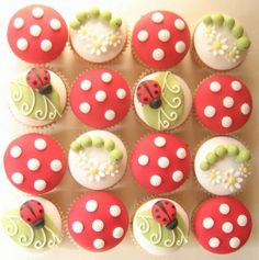 lady bug cupcakes! i think im gonna try and do this for audreys birthday party!