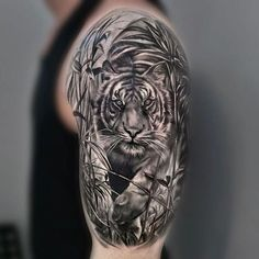 ▷ 1001 ultra cool tiger tattoo ideas for inspiration - tattoo - Tatouage Arm Tattoos Tiger, Tiger Head Tattoo, Tiger Tattoo Sleeve, Big Cat Tattoo, Lion Tattoo Sleeves, Lion Head Tattoos, Tiger Tattoo Design, Upper Arm Tattoos, Floral Tattoo Design
