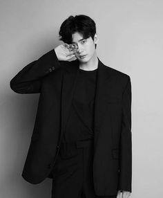 Lee Jong Suk entered military service later this month? Ahn Jae Hyun, Lee Jung Suk, Suwon, Asian Actors, Korean Actors, Dramas, Lee Jong Suk Wallpaper, Lee Jong Suk Cute, Young Male Model