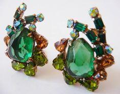 Vintage Costume Jewelry, Vintage Costumes, Vintage Jewelry, Unique Jewelry, Vintage Gifts, Etsy Vintage, Vintage Shops, Rhinestone Jewelry, Vintage Rhinestone