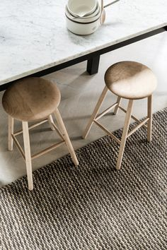 Kalahari Weave Rug | Thick, sturdy hemp is set against wavering lines of luxurious wool to balance generous doses of differing texture. Fair Trade, hand-woven from a hemp & wool from local Indian artisans. The Kalahari is available in five sizes and two fabric blends: Natural/Chalk & Natural/Pumice. The Kalahari is suitable for residential spaces, hallways and entryways, or light commercial spaces.   http://shop.modernmarketlifestyle.com/products/kalahari-weave-rug