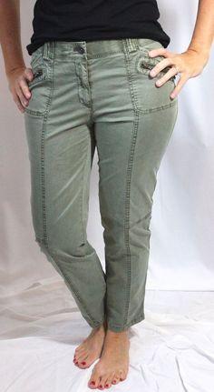 Chicos Khaki Green Cottom Pants 00 Womens XS, 2  #Chicos #KhakisChinos