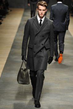 Long jackets, doctor bag.