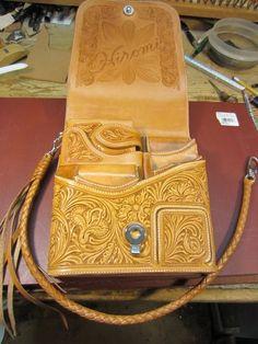 Kawamura Fine Leather Arts & Crafts Diary-1デコカット