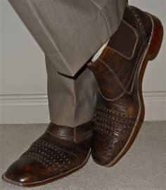 Mexx pants, Stacy Adams boots…