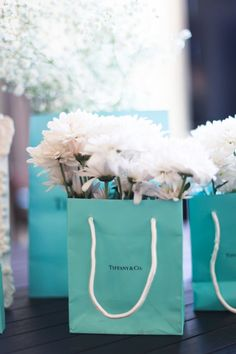 Breakfast at Tiffany's Bridal Shower | Amy Rizzuto Photography | http://mytrueblu.com/breakfast-at-tiffanys-bridal-shower-by-amy-rizzuto-photography/