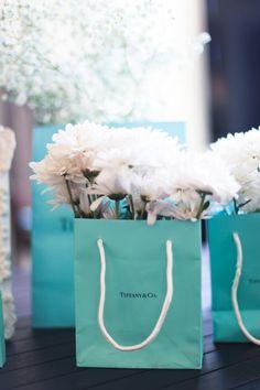 Breakfast at Tiffany's Bridal Shower | Amy Rizzuto Photography | http://mytrueblu.com/breakfast-at-tiffanys-bridal-shower-by-amy-rizzuto-photography/
