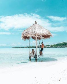 Who could do with an island break right now?! 😍    Tag your travel buddy!    📸: @ontheroadagaintravels  📍: Nusa Ceningan    #travel #explorebali #thebalibible #balibible #indonesia #balilife #baliliving #islandlife #island #bali #wanderlust #travelinspo #thisisbali #love #instatravel #instagood #travelgram #experience #trip #travelling #explore #travelgivesushope #sea #ocean #swim #swing #nusaceningan #blue #island #escape Nusa Ceningan, Best Of Bali, My Bible, Island Life, Traveling By Yourself, Travelling, Wanderlust, Swimming, Ocean