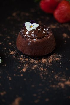 Restaurant quality vegan chocolate lava cake made from scratch in less than 30 minutes. It's rich, gooey, melty, and gluten-free to boot! Delicious Chocolate, Vegan Chocolate, Chocolate Recipes, Baking Chocolate, Chocolate Lava Cake, Melting Chocolate Chips, Chocolate Truffles, Quick Dessert Recipes, Cake Recipes