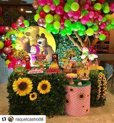 Ciara Birthday, Third Birthday Girl, Baby Girl Birthday Cake, 2nd Birthday Party Themes, Birthday Party Decorations, Marsha And The Bear, Red Riding Hood Party, Bear Decor, Bear Party
