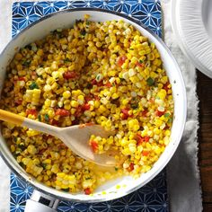 Southwestern Sauteed Corn Recipe from Simple & Delicious Magazine from the editors of Taste of Home. Tangy, buttery, and just the right amount of southwestern flavor. Taste Of Home, Side Dish Recipes, Vegetable Recipes, Comidas Lights, Frozen Vegetables, Veggies, Freezing Vegetables, Cast Iron Recipes, Vegetable Side Dishes