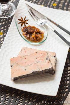 Foie gras poché au Vin rouge et Epices