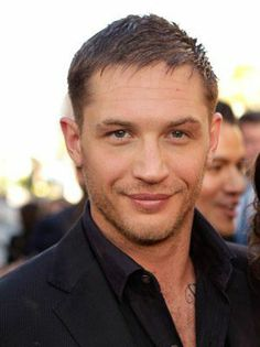 Tom Hardy is so fine, it even hurts to look at him!