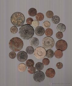 lo que se ve botones metálicos antiguos - Foto 1
