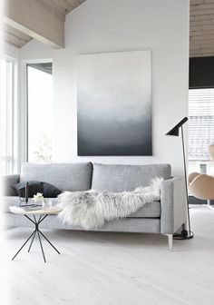 Natural grey icelandic sheepskin.