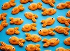goldfish cupcake toppers