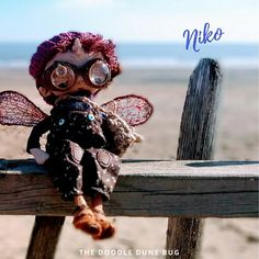 Niko a one of a kind little steampunk sand doodle dune bug Dee Day, Pixie Ears, Leather Braces, Bug Art, Little Doodles, Jute Bags, Creative Gifts, Dune, Puppets