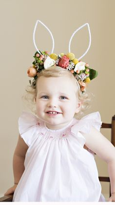 DIY Floral Bunny Ears just in time for Easter! So easy to make -- just forage flowers from your backyard! http://www.lavinlabel.com/2016/03/17/diy-floral-bunny-ears/