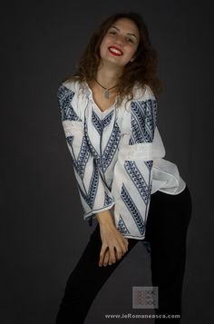 hand embroidered Romanian blouses - worldwide shipping bohochick