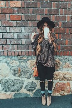 Wool Black Floppy Hat fall outfit ideas, fall style, winter fashion, winter clothes, cute and cozy, cute outfits for fall