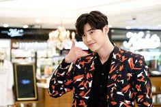 161216 Lee Jong Suk IG update