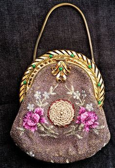 Pre-1901 (Victorian & Older) Color: beaded Vintage Type: True Vintage Material: Beaded Style: Evening Bag