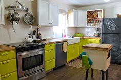White Cabinets Lime Green Walls And Green Walls On Pinterest