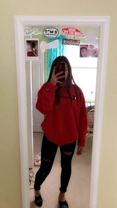 teenager outfits for school \ teenager outfits ; teenager outfits for school ; teenager outfits for school cute Cute Lazy Outfits, Teenage Outfits, Cute Outfits For School, Basic Outfits, Teen Fashion Outfits, Swag Outfits, Mode Outfits, Simple Outfits, Outfits For Teens