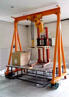 Source China manufacturer small mobile construction crane 5 ton on m.alibaba.com Welding Cart, Welding Tools, Diy Tools, Lifting Devices, Crane Mobile, Gantry Crane, Metal Workshop, Metal Fab, Hobby Shop