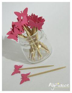Kit com 20 toppers de borboletas rosa.  Valor do kit: 13,00. R$ 13,00