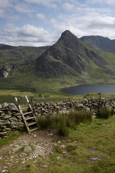 """Tryfan from the lower slopes of Pen yr Ole Wen"" by Nick Landells on Flickr - Ireland"