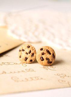Miniature food earrings, chocolate chip cookie stud earrings, Alice in Wonderland jewellery, miniature food jewelry