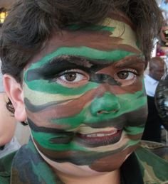 Camo Linda Schrenk/Amazing Face Painting by Linda, Jacksonville FL Dragon Face Painting, Face Painting For Boys, Face Painting Designs, Army Face Paint, Camouflage Face Paint, Halloween Make Up, Halloween Face, Ghost Faces, Boy Face