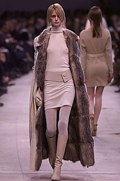 Cerruti Fall 2001 Ready-to-Wear Fashion Show Collection