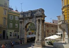 PRETTY. Note also the 1st century Triumphal Arch of Sergius.