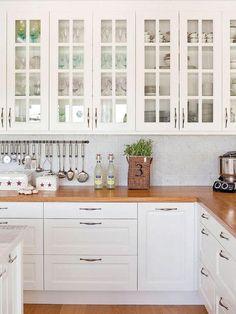 Surprising Details Regarding Kitchen Set Design Ideas Uncovered - homeuntold Kitchen Stove, New Kitchen, Kitchen Dining, Kitchen Cabinets, Kitchen Wood, Home Decor Kitchen, Kitchen Ideas, Cool Kitchens, Kitchen Remodel
