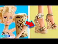 Diy Discover Doll Accessories Diy Barbie Ideas For 2019 Diy Barbie Clothes Barbie Clothes Patterns Barbie Shoes Doll Shoes Diy Clothes Dress Patterns Summer Clothes Barbie E Ken Barbie Mode Barbie E Ken, Barbie Dolls Diy, Diy Barbie Clothes, Barbie Shoes, Barbie Clothes Patterns, Doll Shoes, Barbie Dress, Diy Doll, Diy Clothes
