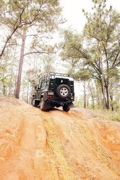 the-land-rover-defender-production-ends-on-the-best-adventure-vehicle-ever-made-20160203-7