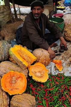 pumpkins and red pepper at the market, Haddra, Morocco.  Photo: luca.gargano, via Flickr