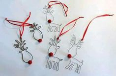Doo it – just doo it: Rustne Rudolph - Christmas Jewelry Noel Christmas, Christmas Jewelry, Diy Christmas Ornaments, Handmade Christmas, Christmas Decorations, Christmas Wreaths, Wire Crafts, Metal Crafts, Holiday Crafts