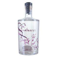 Hanami Dry Gin - Ingrediënten: jeneverbes, koriander, angelica, citrusfruit, kersenbloesem, pepermunt, nootmuskaat, karwij, venkel, zure sinaasappel  Smaak & aroma: In de neus is de Hanami gin fris bloemig, de smaak is licht kruidig en citrus met een zachte afdronk  Garnituur: Sinaasappelzeste, koriander. Enkele halve kersen zijn er ook heerlijk bij!  Aangepaste tonic: Neutrale tonic zoals Fever-Tree Mediterranean