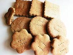 pofta-buna-gina-bradea-biscuiti-integrali-fara-zahar-cu-lapte-de-cocos-pentru- (5) Baby Food Recipes, Keto Recipes, Healthy Recipes, Raw Vegan, Fun Drinks, Christmas Cookies, Sugar Free, Biscuits, Deserts