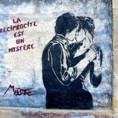 Saint Etienne, Miss Tic Graffiti Wall Art, Street Art Graffiti, Street Art Quotes, Street Art Love, Vintage Grunge, Land Art, Art Design, Street Artists, Urban Art