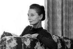 """Hepburn murió en su casa de Suiza el 20 de enero de 1993 a los 63 años a causa de un cáncer. Elisabeth Taylor dijo entonces """"Dios estará contento de tener a un ángel como Audrey cerca de él""""."""