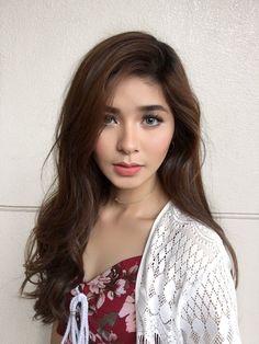 Anne Curtis, Filipino Art, Filipina Beauty, Beauty Full Girl, Celebs, Celebrities, Best Actress, Hair Clips, Beauty Makeup