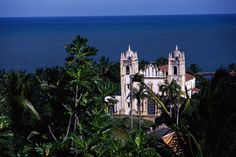 UNESCO: wonders of Portuguese origin in the World. Founded in the sixteenth century by the Portuguese, the story of Olinda is linked to the sugarcane industry