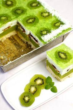 Just My Delicious English Version: Shrek Cake