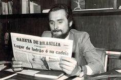 José Genoíno lendo um jornal com uma notícia profética. #Brasil #politica #Brazil #poitics