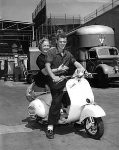 James MacArthur takes his adoptive mother, Helen Hayes, for a spin on the RKO lot. All In The Family, Family Love, Sidecar, James Macarthur, Piaggio Vespa, Vespa Scooters, Broderick Crawford, Helen Hayes, Vintage Street Fashion